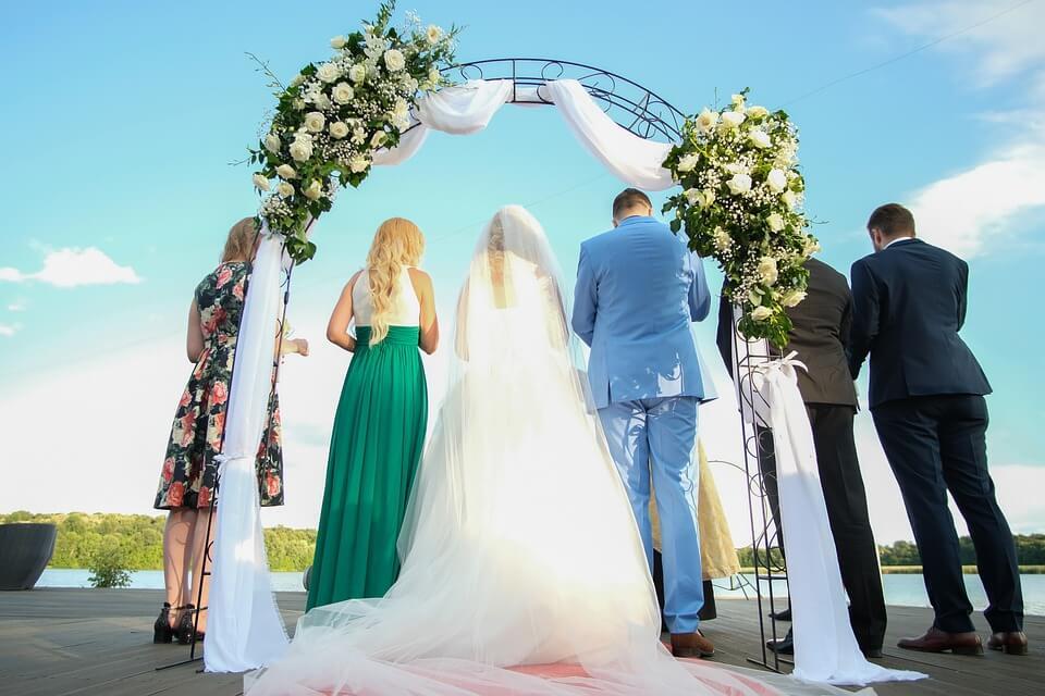 Altar marriage
