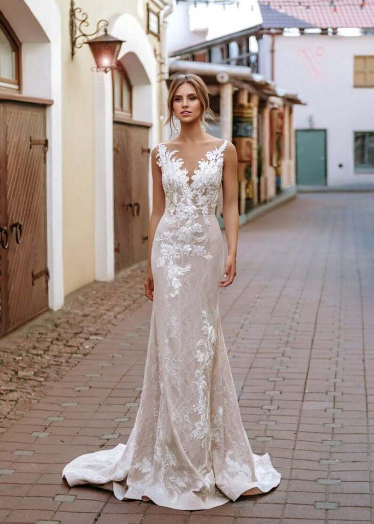 Beaded backless wedding dress