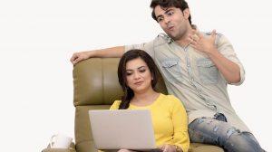 Couple using Amazon registry