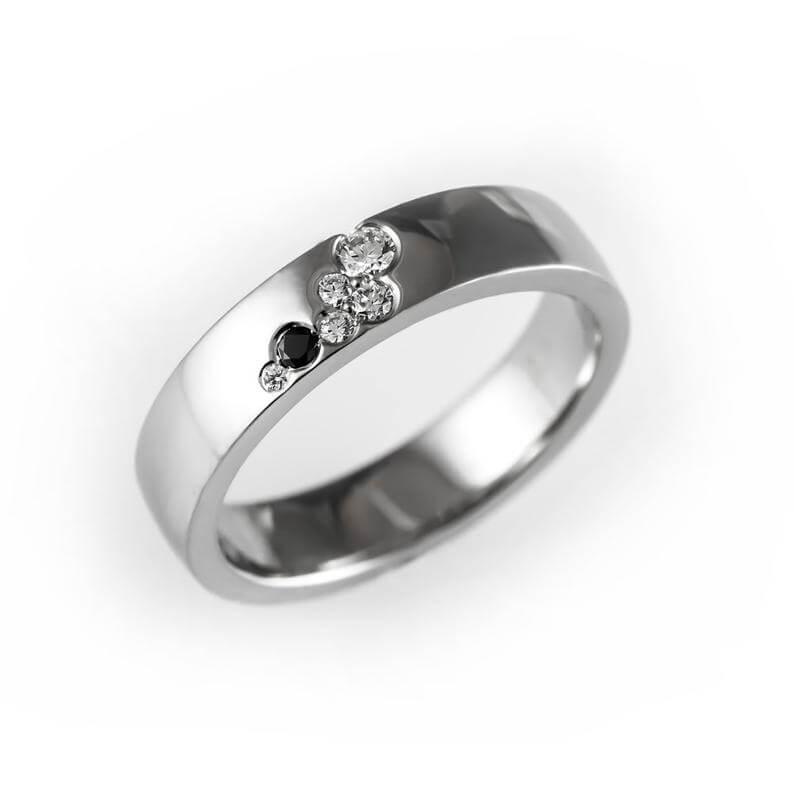 Flush set ring with black diamond
