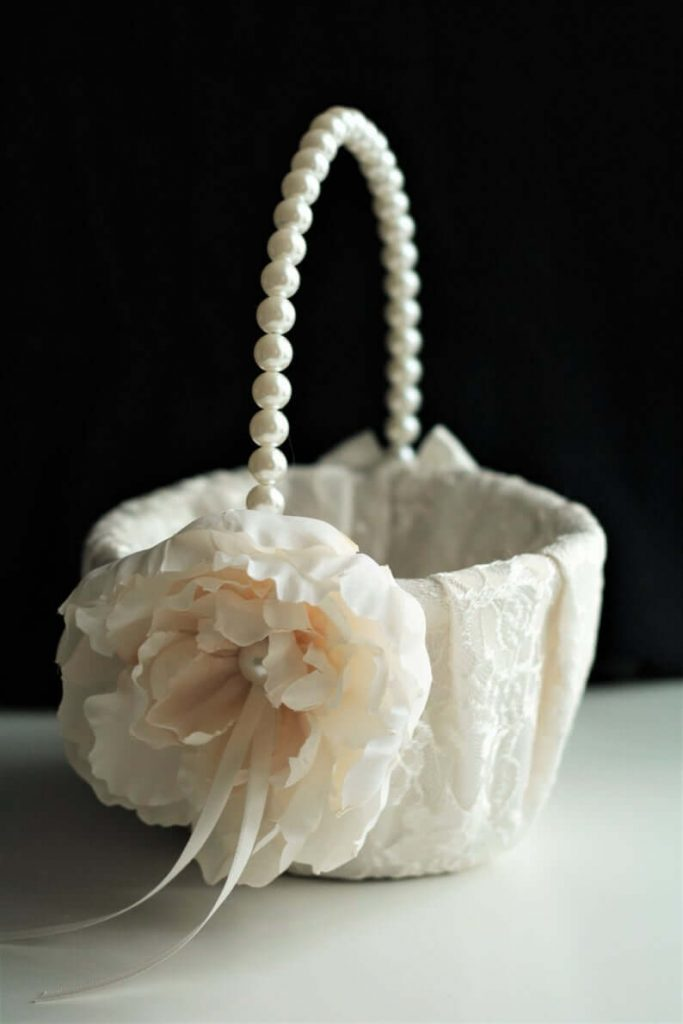 lace flower basket