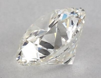 Medium cut diamond girdle