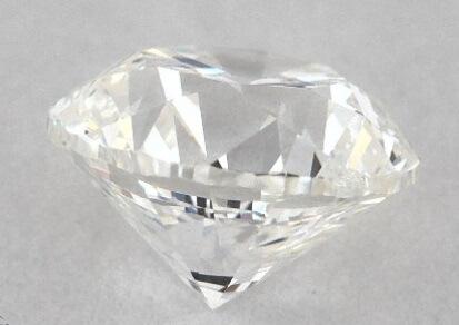 Thick cut diamond girdle closeup