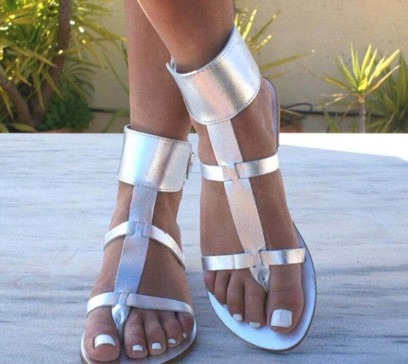 Thong sandals worn at a wedding