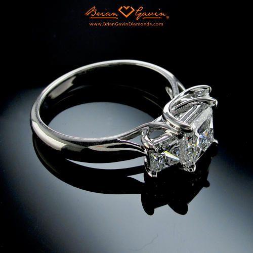 Three stone trellis ring