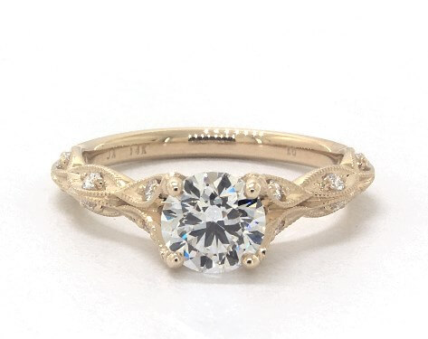 G color diamond with yellow gold