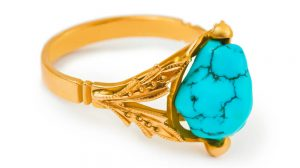 How to choose a turquoise engagement ring