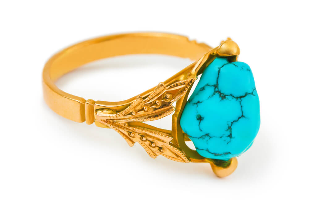 how-to-choose-a-turquoise-engagement-ring