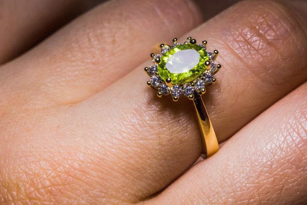 peridot-engagement-ring