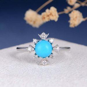 Starburst unique ring