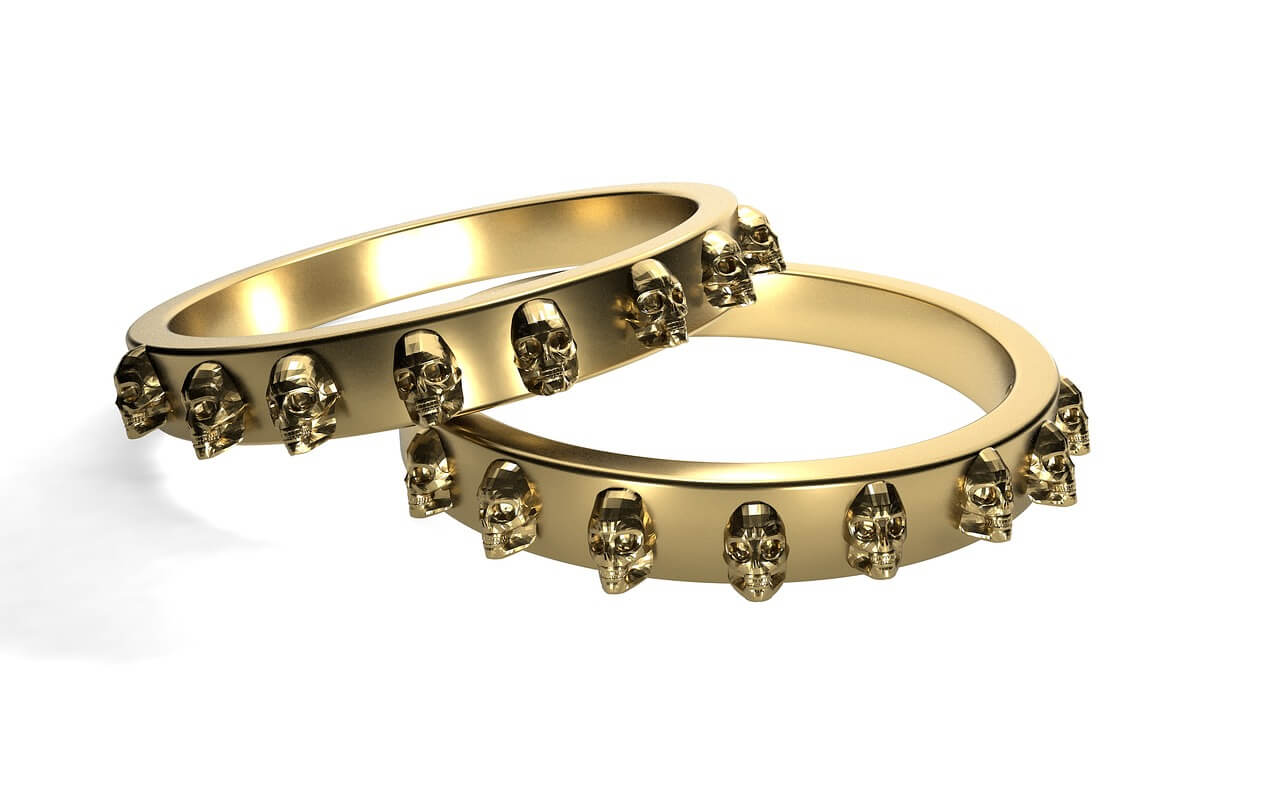 how-to-choose-skull-engagement-ring