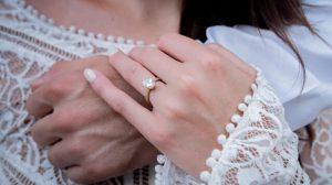 oval diamond ring gold