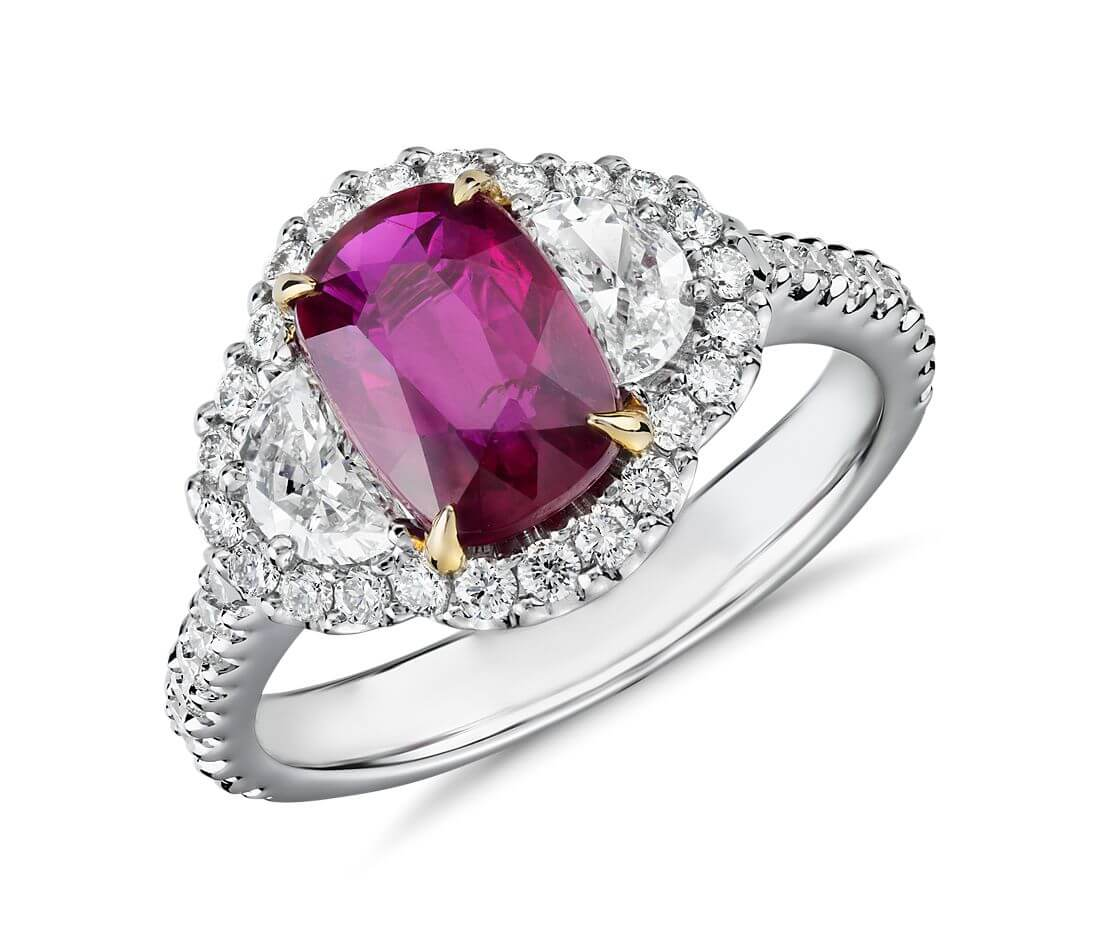 Ruby ring oval