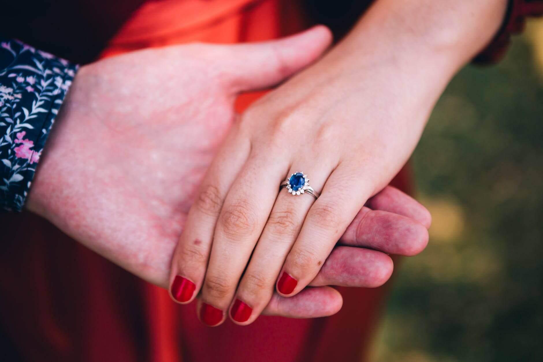 sapphire-blue-diamond-kate middleton
