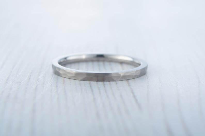 Women's titanium ring