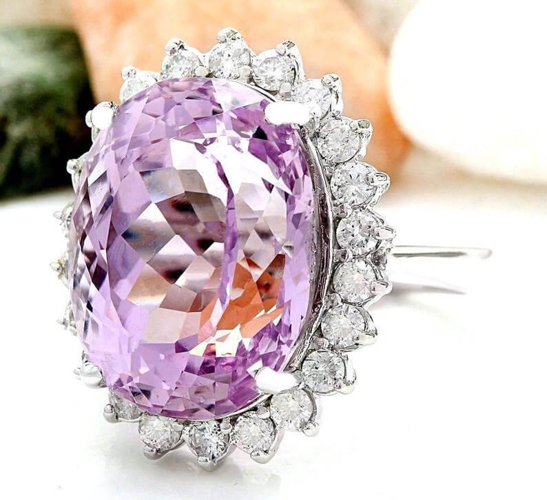 Kunzite and diamond ring