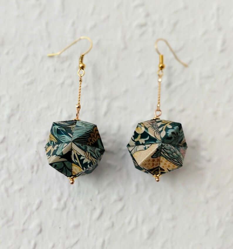 Paper earrings