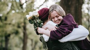 Romantic gifts that symbolize love