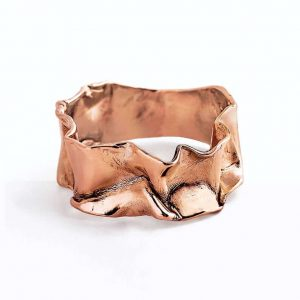 Crumpled rose gold ring