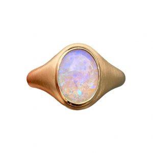 Crystal gold signet ring