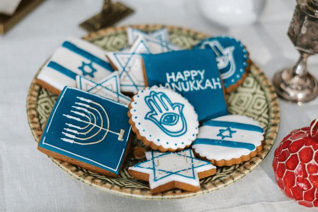 hamsa-hand-meaning-religions