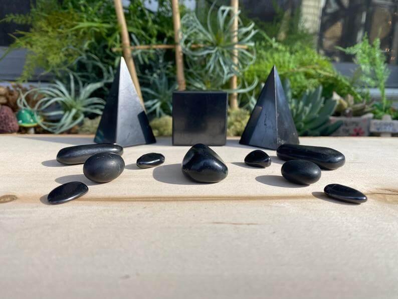 Hematite healing stone set