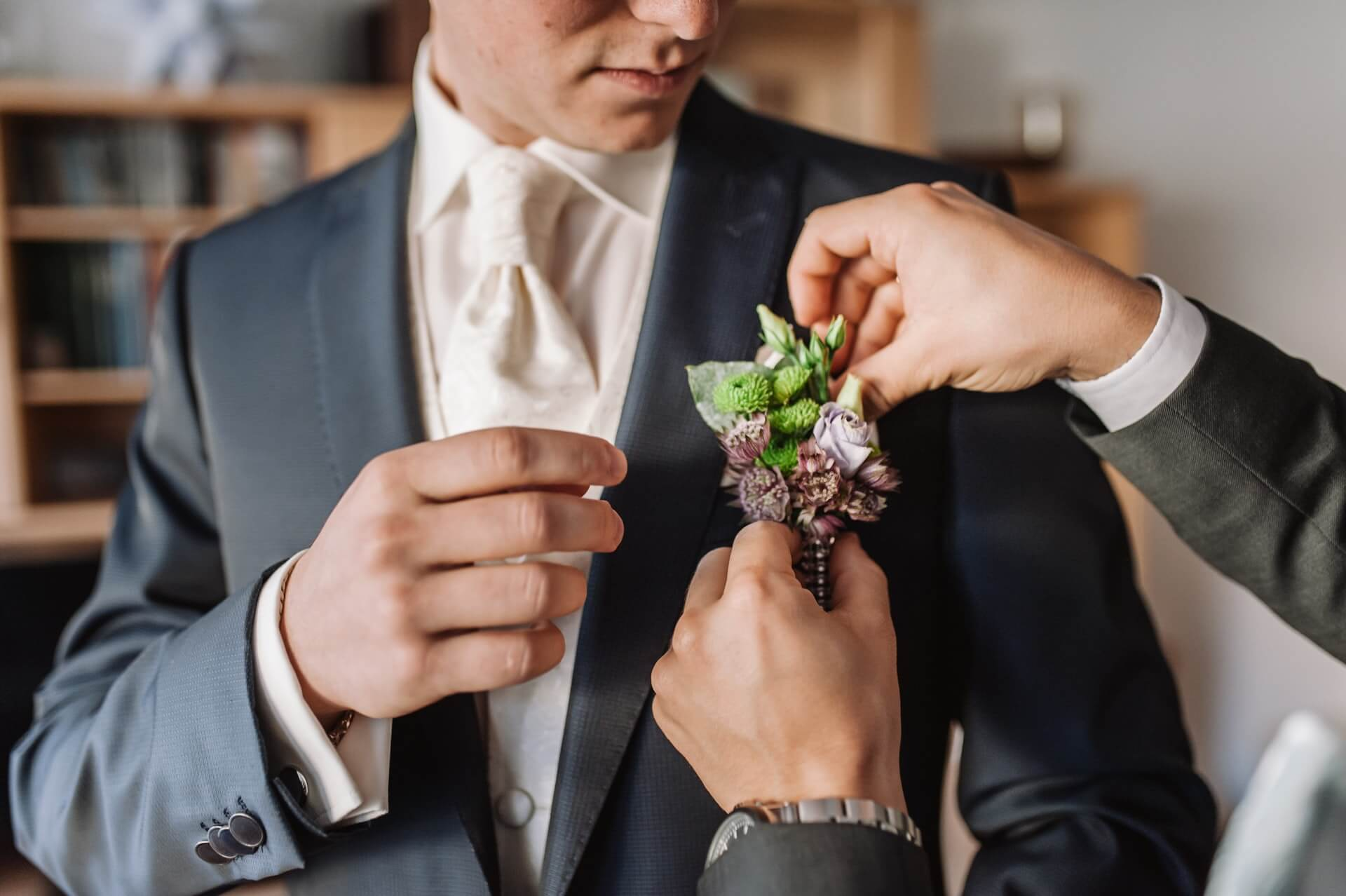 how-to-pin-a-boutonniere-the-right-way-guide