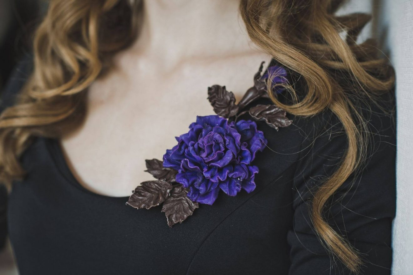 How to pin a corsage guide