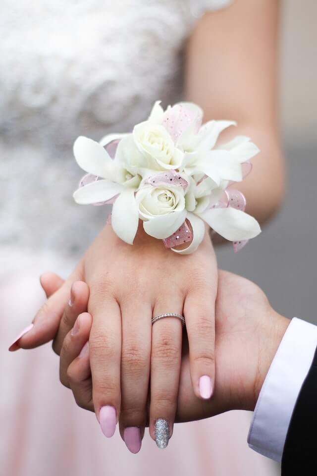 How to pin a corsage the right way