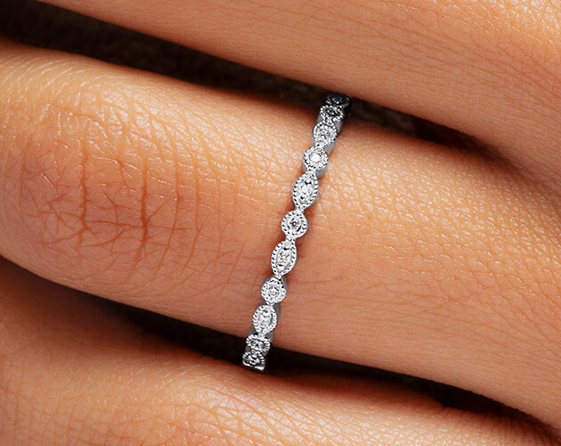 Marquise melee diamond