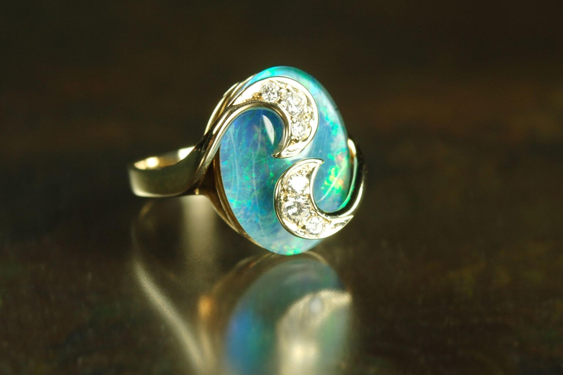 opal-engagement-ring-guide