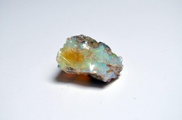 opal-gemstone