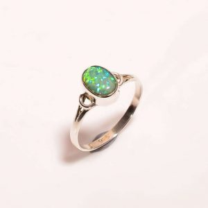 Opal triplet ring