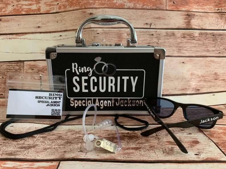 Ring bearer security box