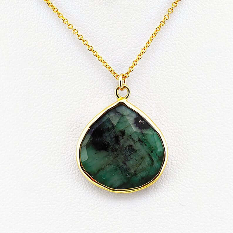 Emerald birthstone necklace