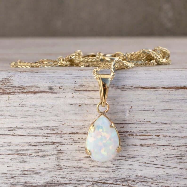 Gold teardrop opal