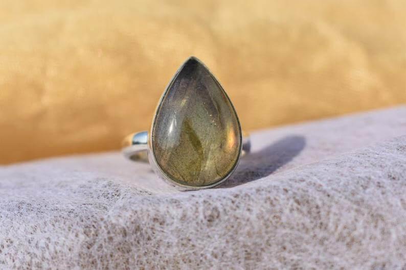 Gray labradorite ring