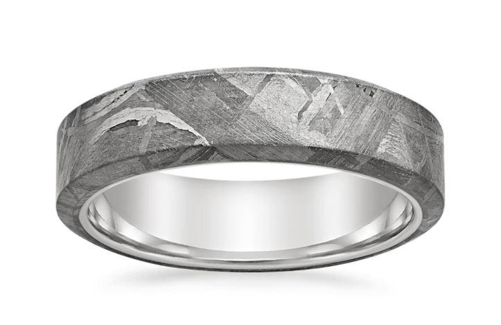 Meteorite rings